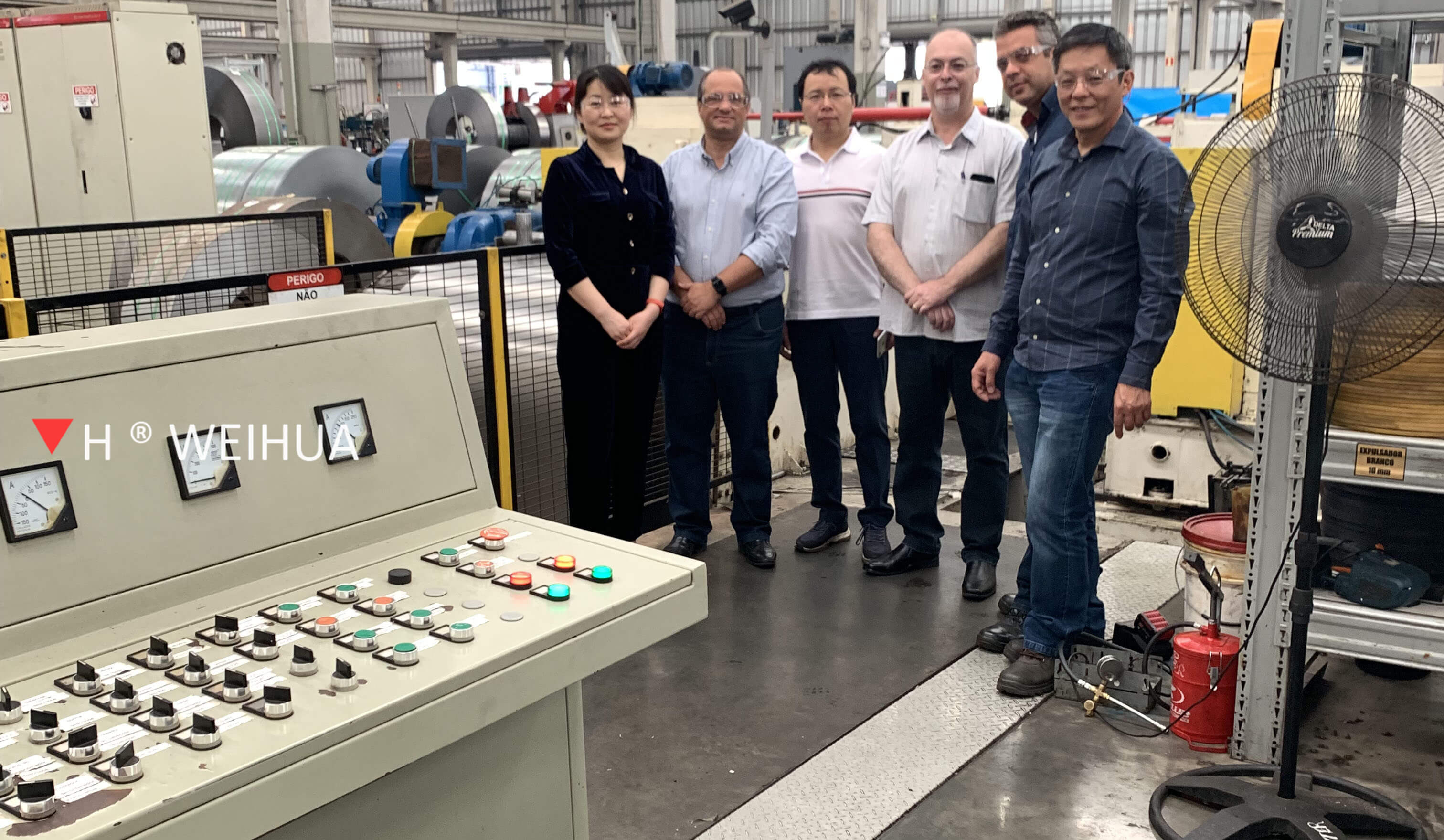 Group Photo With Customer Before Weihua Slitter