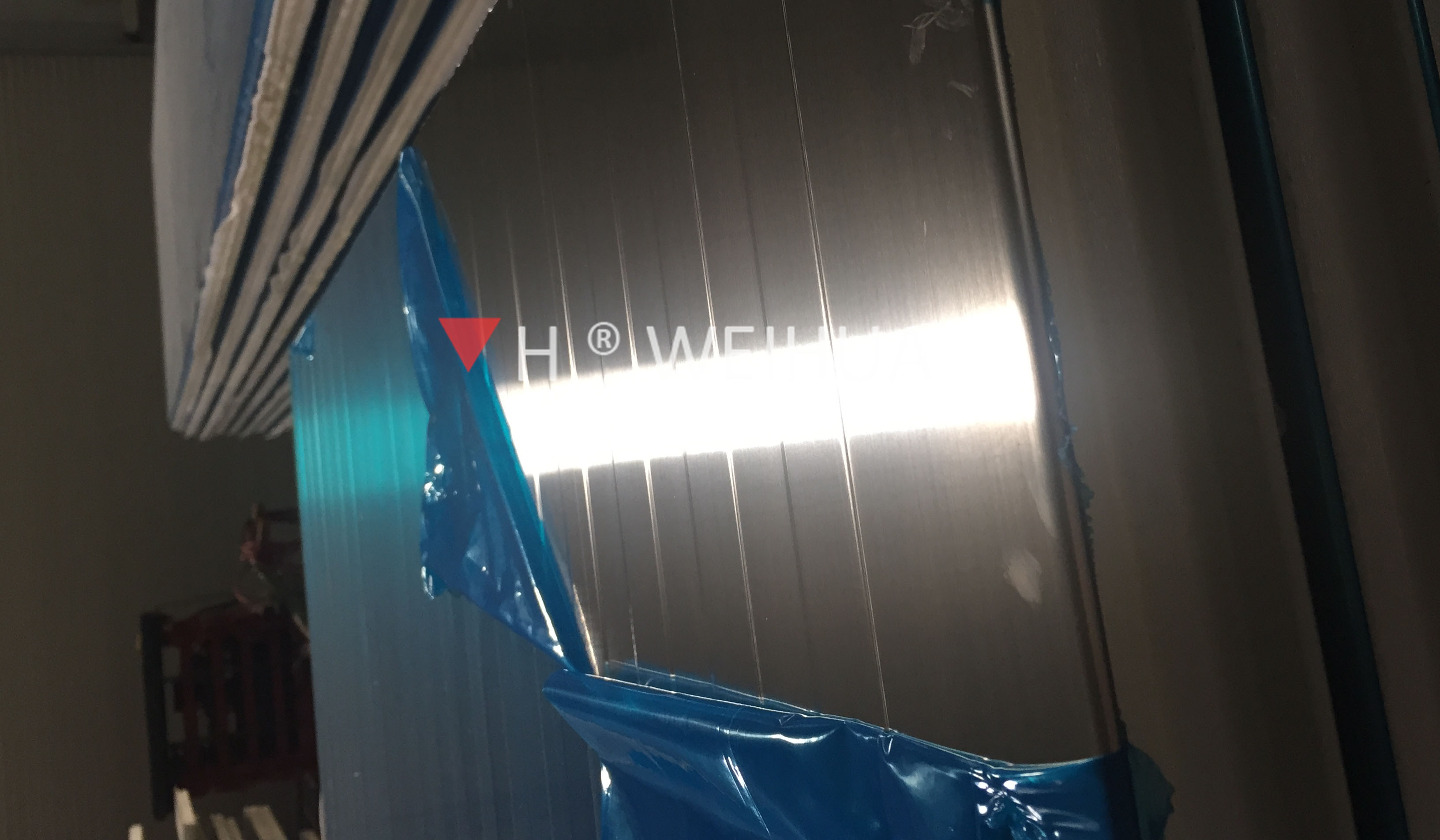 Stainless steel surface sandwich panel